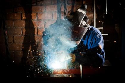 staal-reparatiediensten