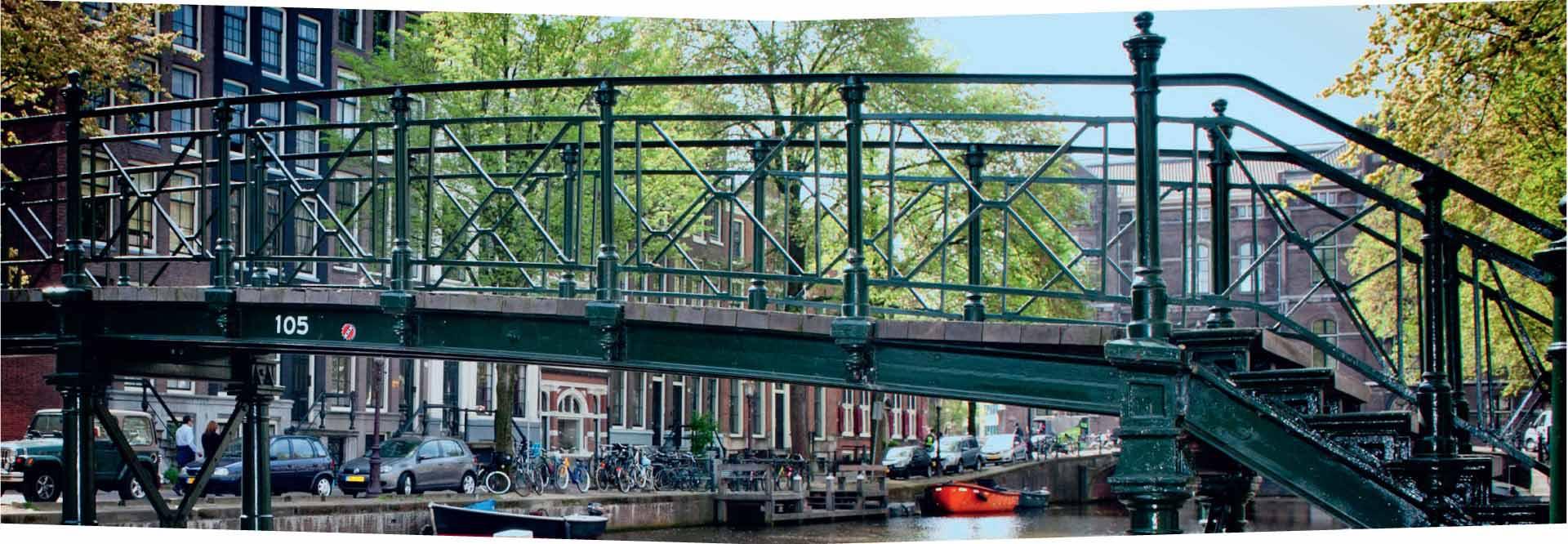 Renovatie brug Amsterdam door Ovec Multiservice