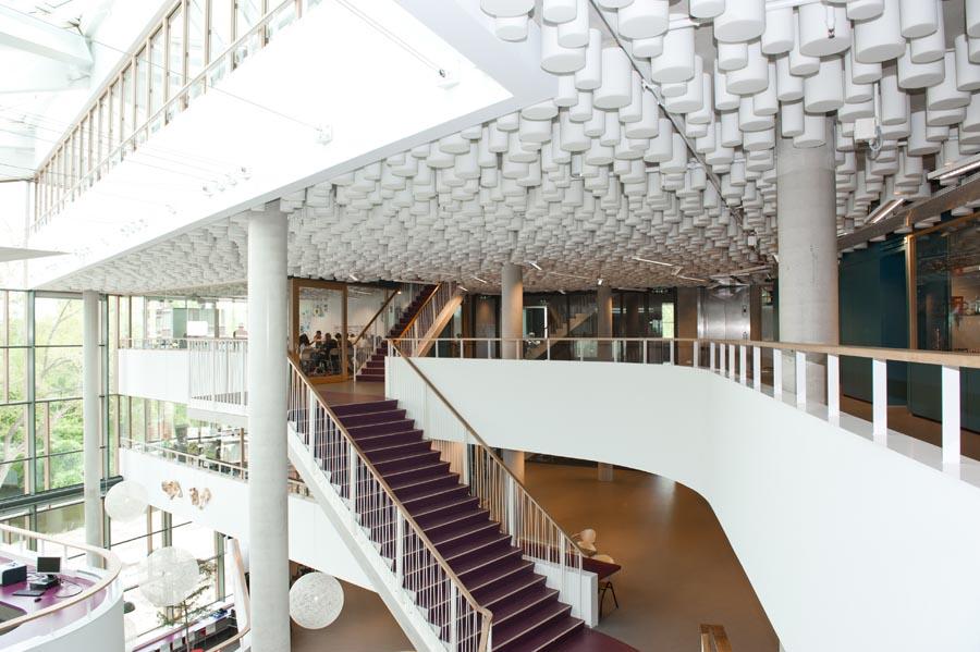 Trappenhuis, leuningwerk door Ovec Multiservice