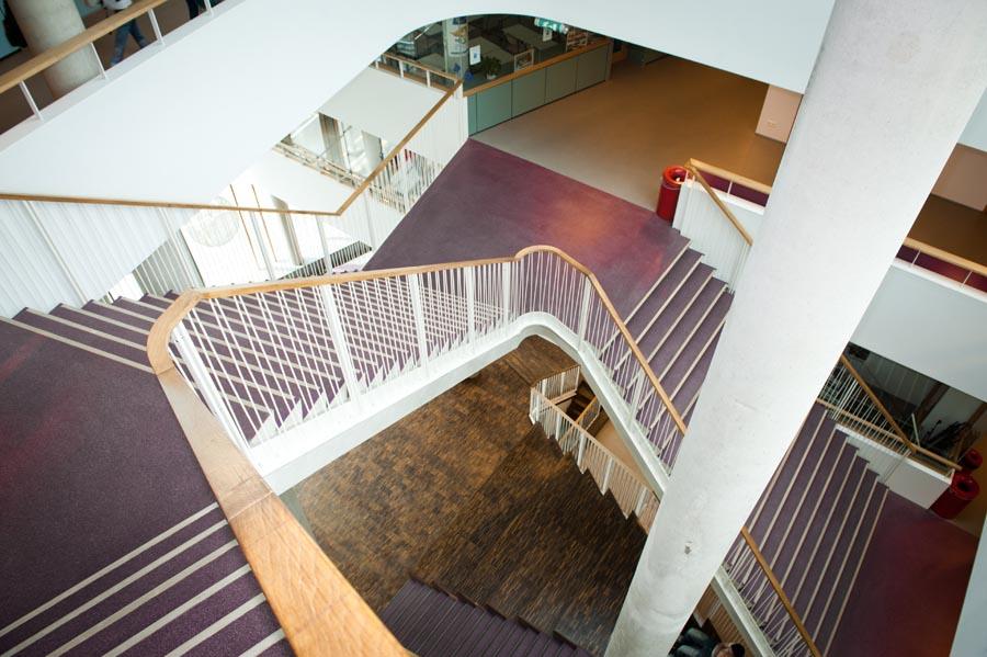 Leuning trappenhuis door Ovec Multiservice